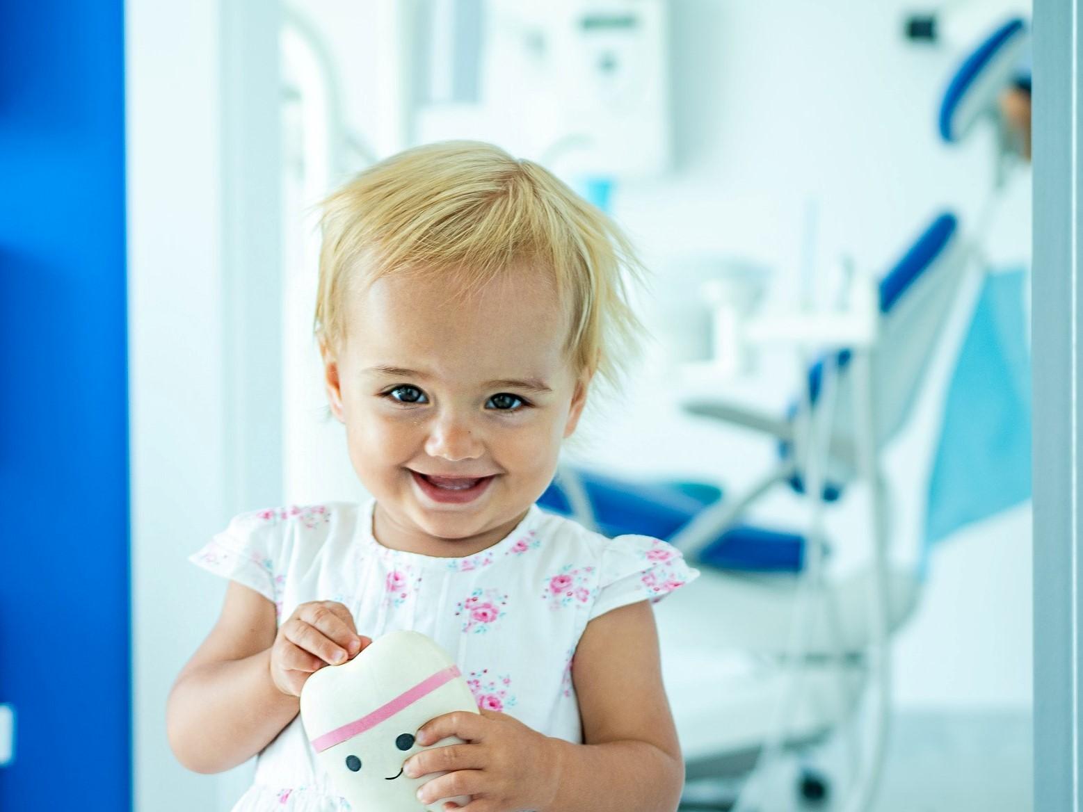 Dziecko - Gabinet Uśmiechu - Gabinet Stomatologiczny
